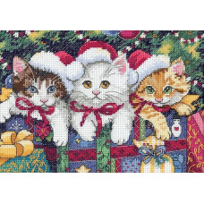 4341 Новорічні котенята. Classic Design. Набір для вишивання нитками