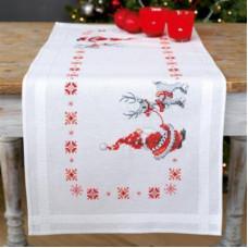 PN-0150617 Різдвяні ельфи. Доріжка на стіл. Vervaco. Набір для вишивки хрестом