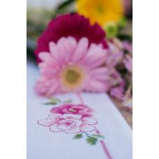 PN-0154338 Classic flowers bouquet. Серветка. Vervaco. Набір для вишивання нитками