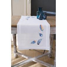 PN-0165882 Блакитні пір`я. Доріжка на стіл. Vervaco. Набір для вишивки гладдю